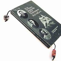 Book Thongs (T122)